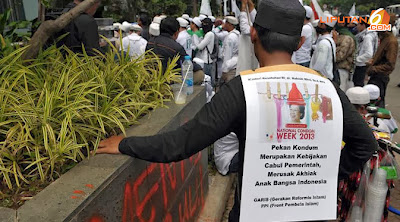Tolak Pekan Kondom Nasional, Masa FPI Minta Menkes Dicopot