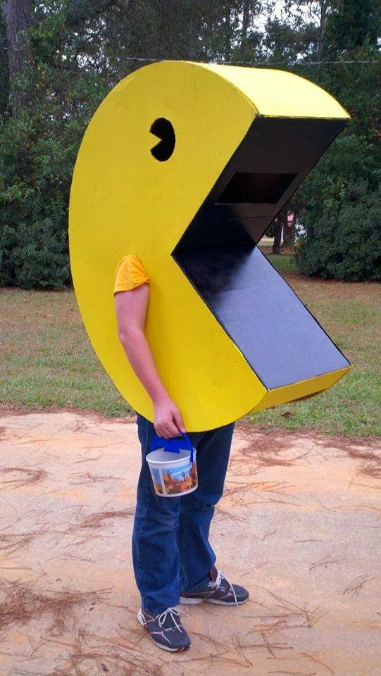 this insane house diy pac man costume for under 15