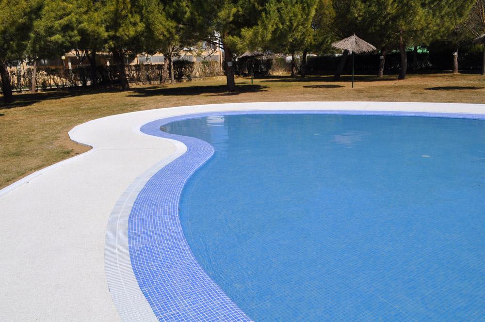 Reforma piscinas s daba zaragoza cruz d ez for Piscinas climatizadas zaragoza
