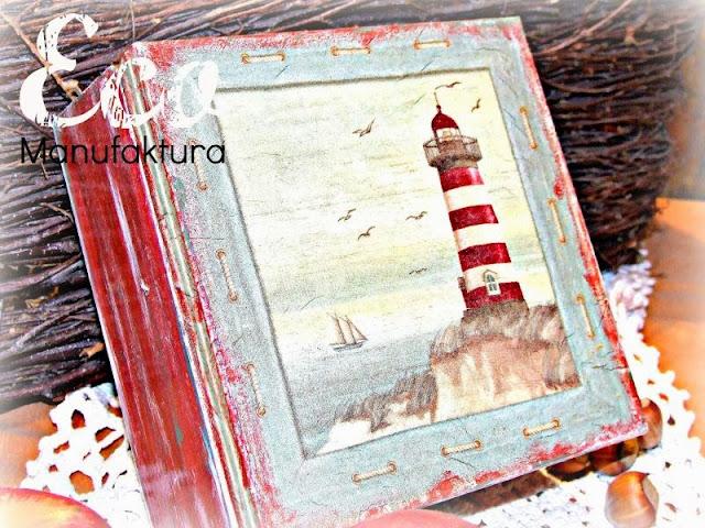 pudełko na herbatę decoupage jesienne inspiracje decoupage by Eco Manufaktura serwetka morska z latarnią