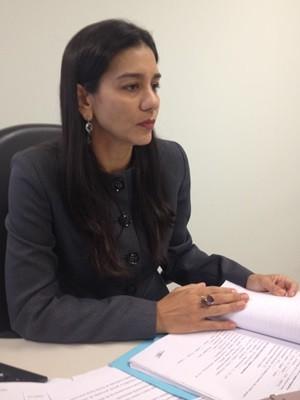 Juíza Stefane Fiuza autorizou adoção (Foto: Rodrigo Mansil/TV Anhanguera)