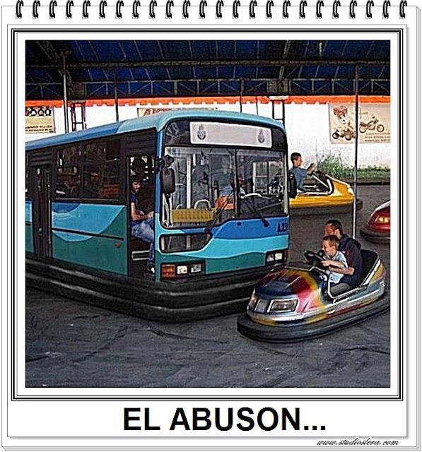 autobus coches de choque