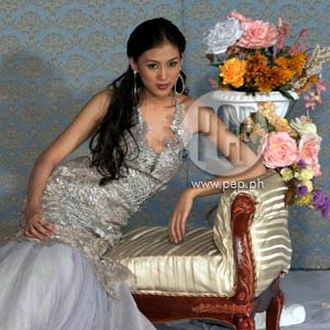 Alex Gonzaga gown