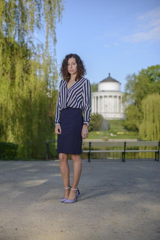 sukienka biznesowa stylizacja