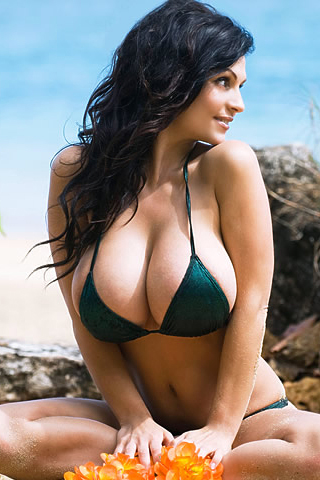 Denise Milani latest Big Cleavages Photos