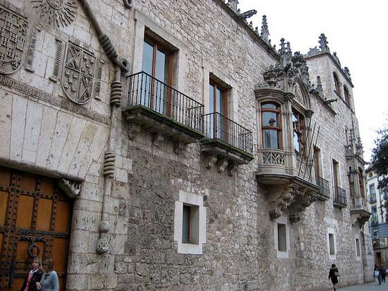imagen_que_visitar_burgos_turismo_gratis_visita_casa_palacio_cordon_condestables