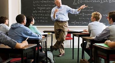5 Kesalahan Mahasiswa Terhadap Dosen