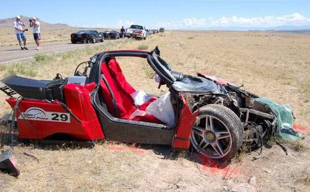 World S Most Amazing Luxurios Car Crashes Myclipta
