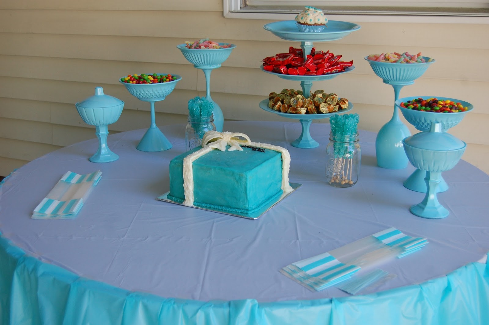 Tiffany & Co. inspired birthday party