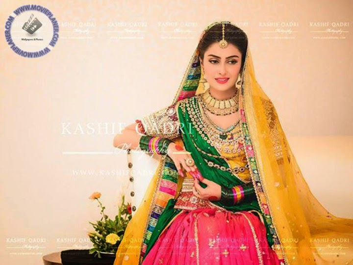 Mehndi Dresses : Fashion industry mayoon mehndi dresses