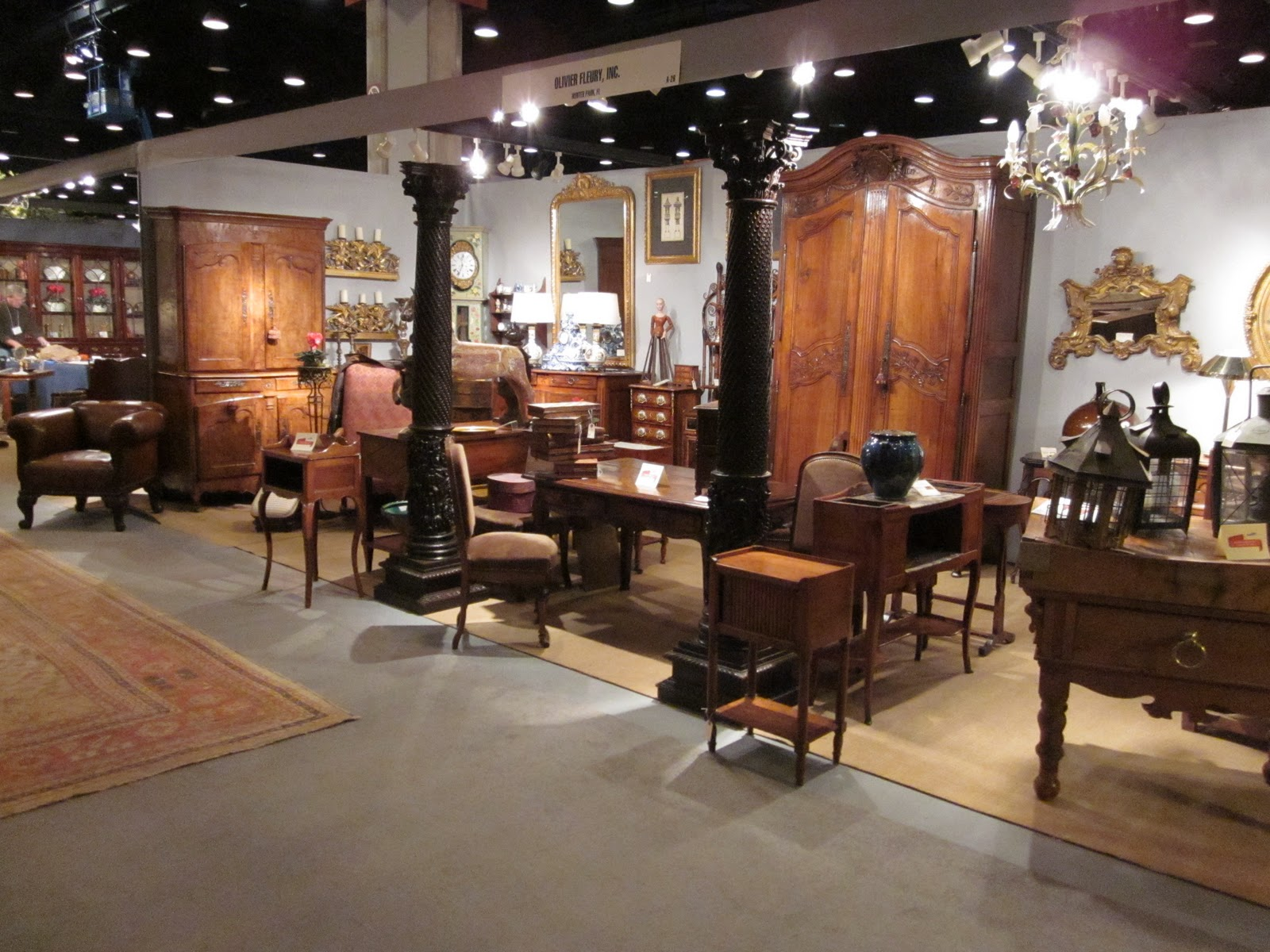 French country antiques antique and garden show in Nashville home and garden show