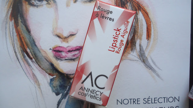 Lipstick rouge aiguille Annecy Cosmetics