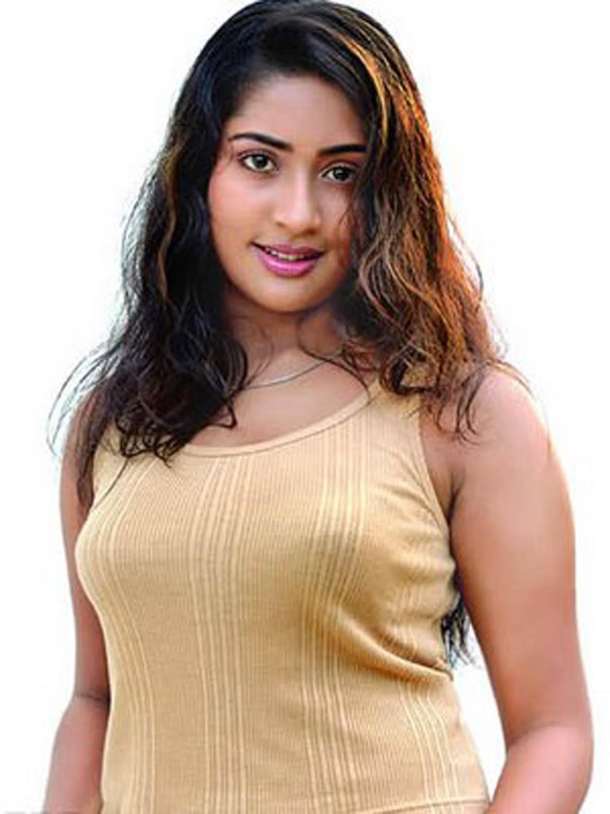 Xxx 50 Kriti Sanon Nude Photos Naked Sex Pics Porn Images   adanih.com