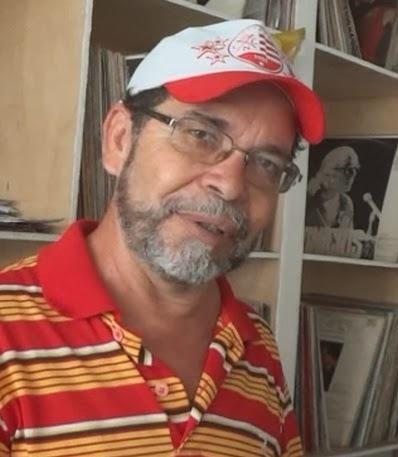 Wilson Santos recita Cora Coralina