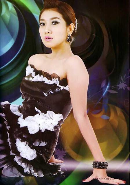 Singer Tha Zin