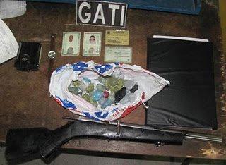 PETROLINA-PE: Policiais Militares do GATI apreendem indivíduos com droga e arma