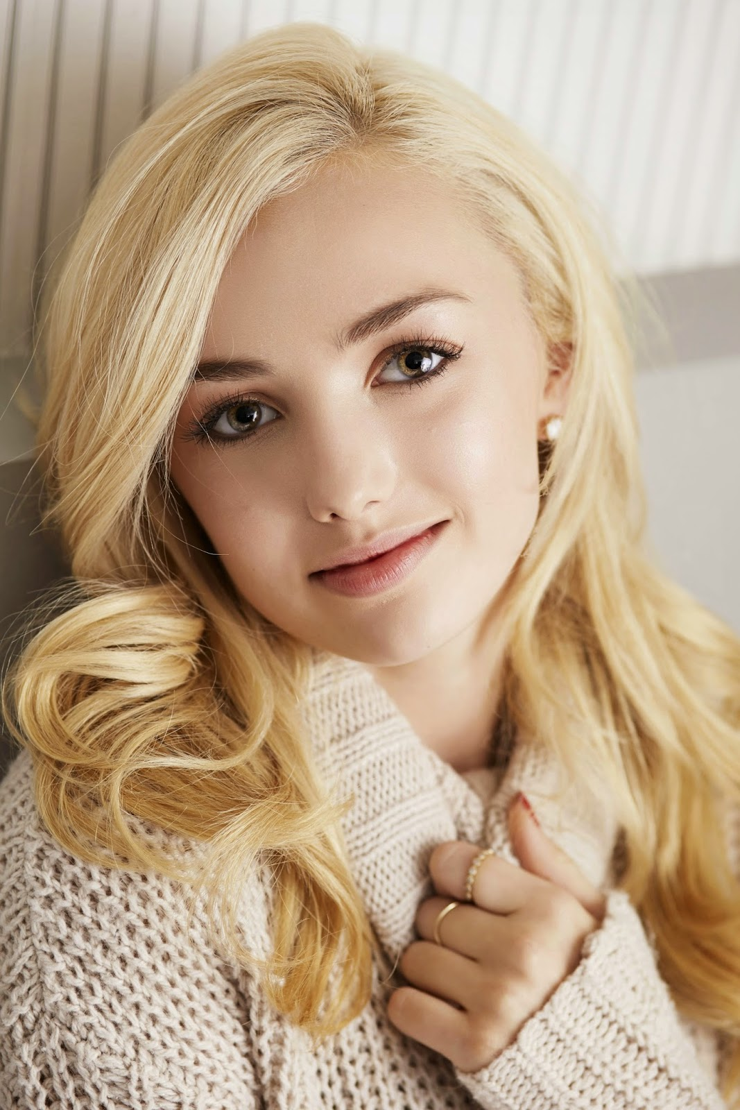 Peyton Roi List Beautiful HD Pictures Gallery