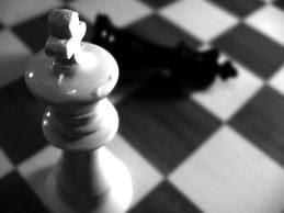 El ajedrez me enseñó que un rey no es nada sin su reina:)