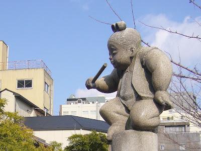京都市・五条大橋・牛若丸像と弁慶像