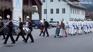 Entry for the dance of the miners