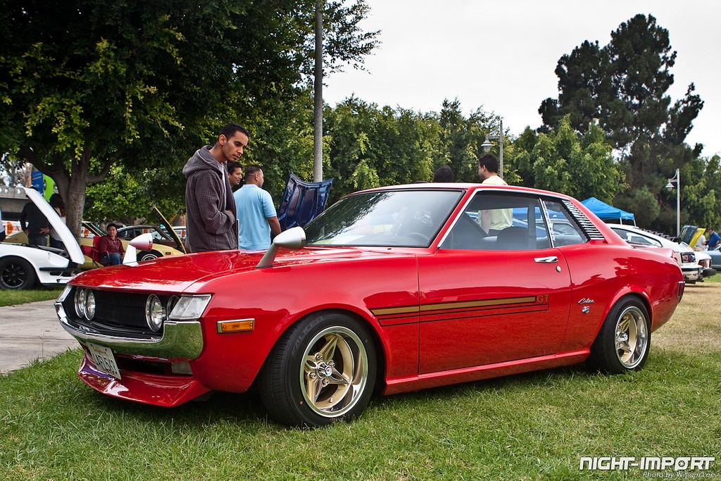 klasyki, nostalgic, oldschool, stara motoryzacja, z duszą, Toyota Celica, old car, zdjęcia, czerwona, red
