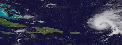 Tropischer Sturm OHELIA wartet auf den Startschuss und wird dabei zu einem Hurrikan, Ophelia, Bermudas, Neufundland, aktuell, Verlauf, Vorhersage Forecast Prognose, September, Hurrikansaison 2011, 2011, Satellitenbild Satellitenbilder,