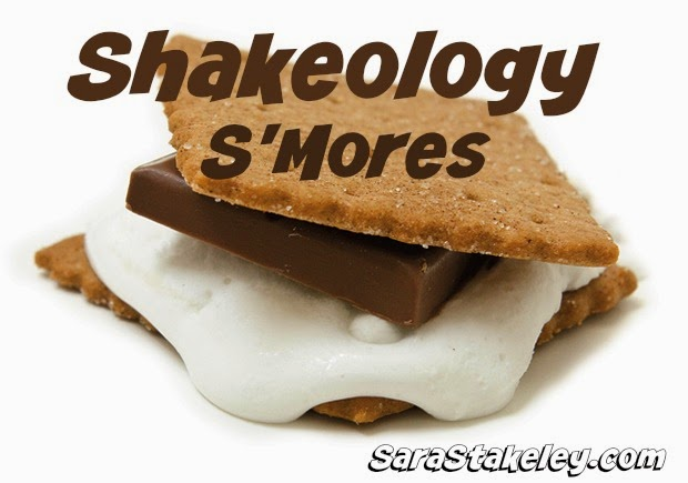 Candy Shakeology , clean eating , Committed to Change , Curb your Sweet tooth , Halloween Shakeology Recipes , Sara Stakeley, Nutrition , Shakeology , Support