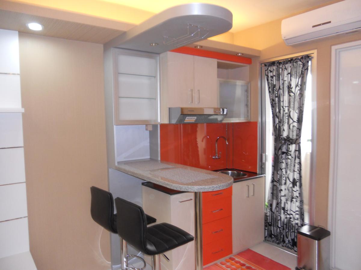 KITCHEN SET APARTEMEN Dian Interior Design