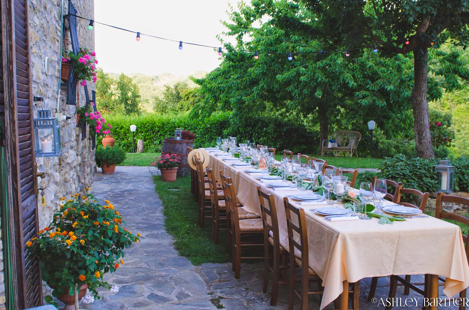 La Tavola Marche Podcast Photos A Rustic Farmhouse Wedding In Italy