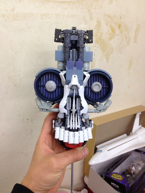gundam model kits skull head