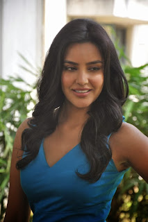 Actress Priya Anand Pictures in Short Dress at Arima Nambi Movie Press Meet 0003.jpg