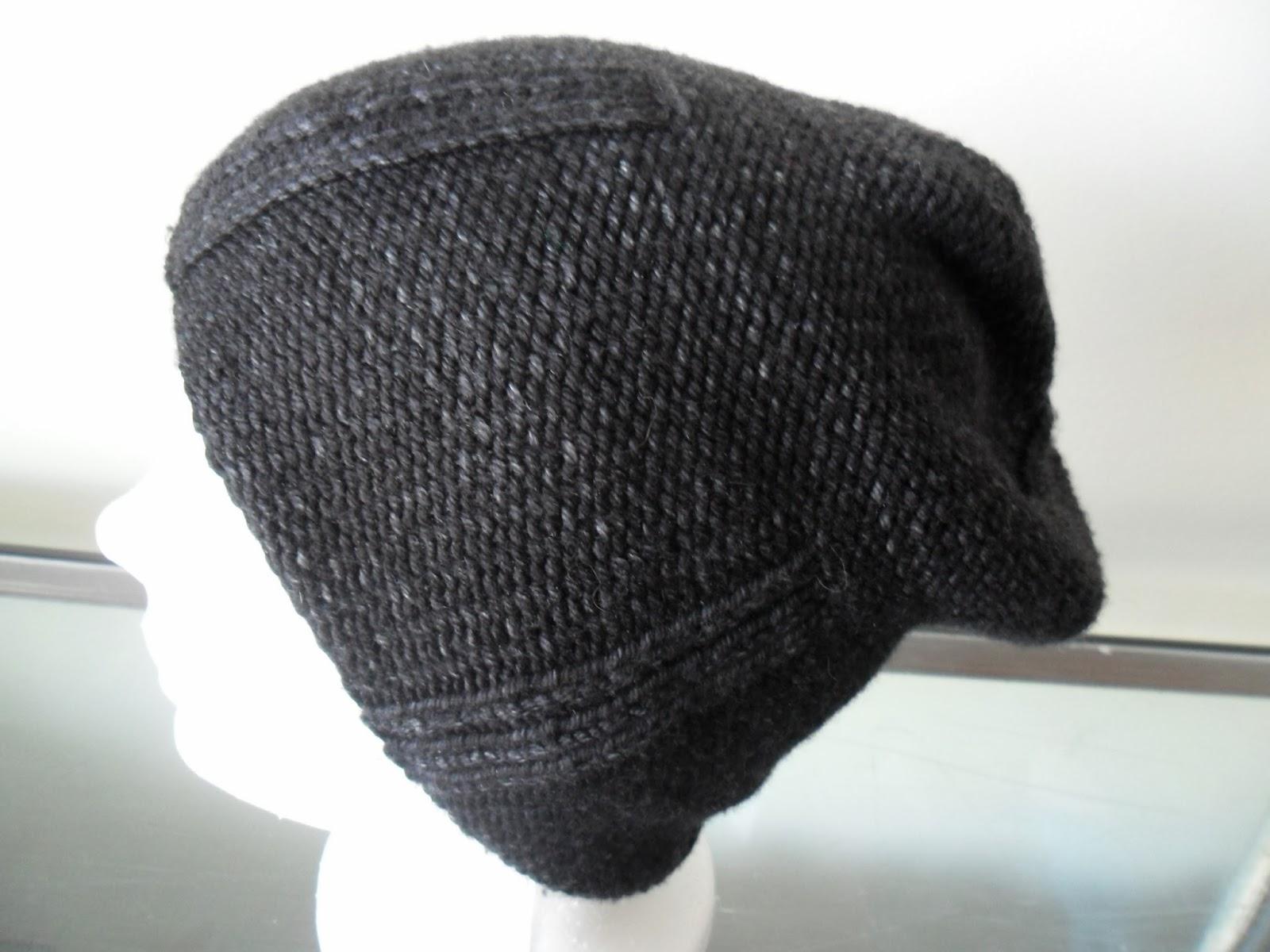 http://www.ravelry.com/projects/craftyminou/kami-hat-2