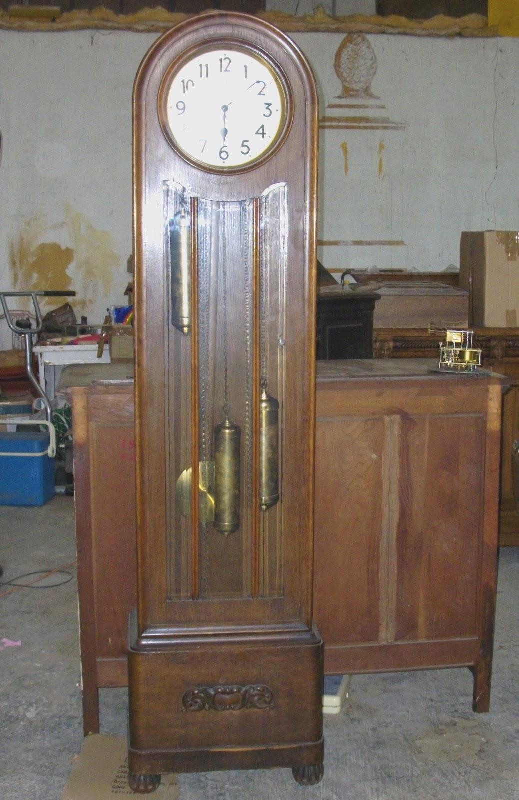 horloge de parquet pendule comtoise art nouveau au fil. Black Bedroom Furniture Sets. Home Design Ideas