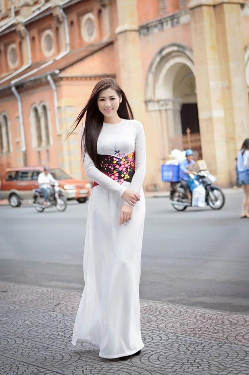 Những hình ảnh đẹp đầu xuân của Dương Tú Anh