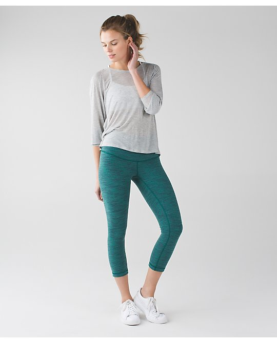 lululemon forage-teal-jacqard wunder-under-crop
