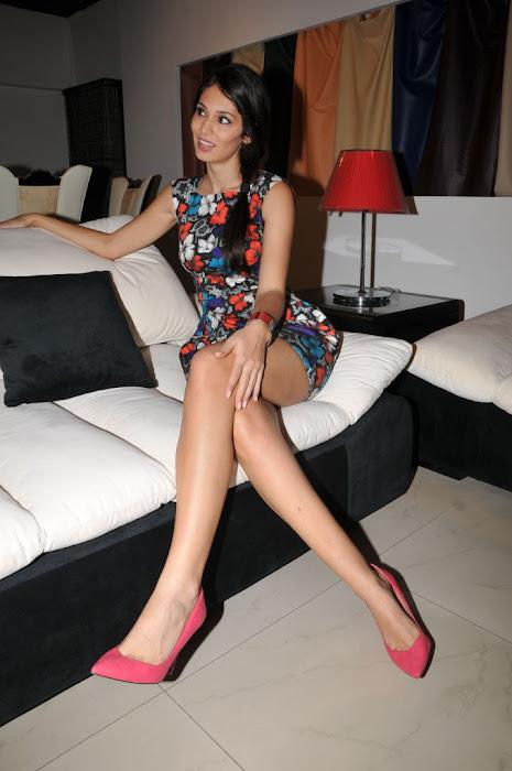 bruna abdullah glamour  images