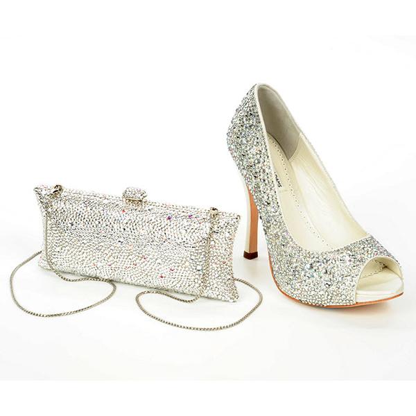 Gelinlik ayakkabı modelleri 2013, yeni gelinlik ayakkabı modelleri, 2013 taşlı ayakkabı modelleri, son model platform ayakkabı modelleri, yüksek sivri topuklu ayakkabılar, 2013 son moda trend ayakabılar