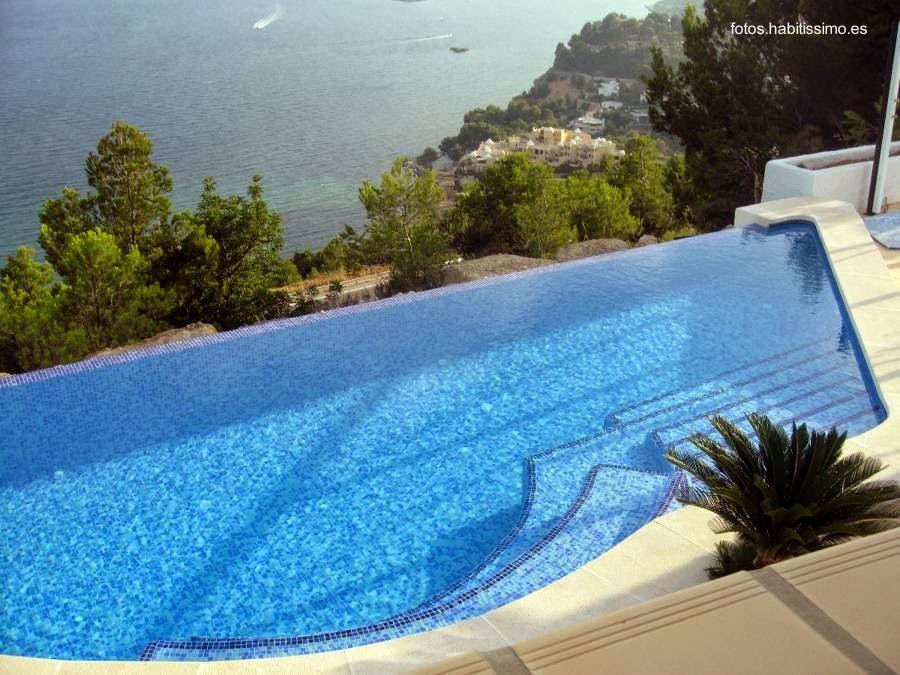 Arquitectura de casas piscinas para casas residenciales for Imagenes de albercas modernas