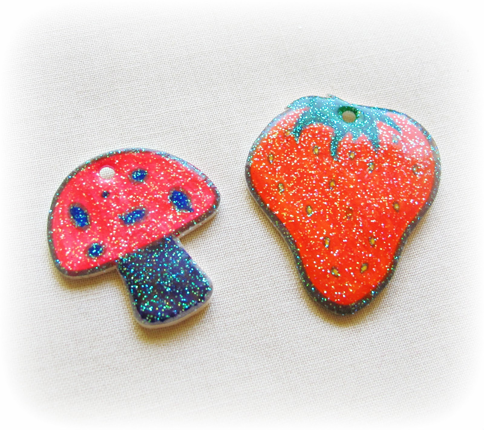 image shrinkies shrink plastic grafix mushroom strawberry seal shrinkies with clear embossing powder