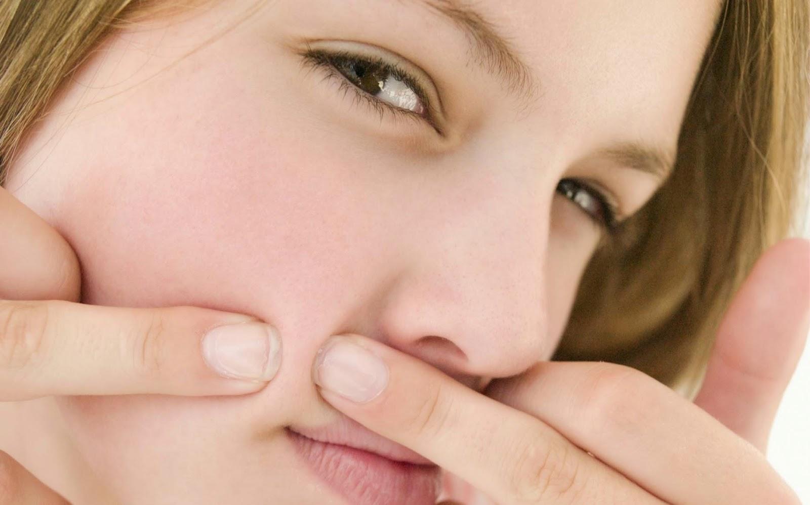 Trắng da và trị sạch mụn thâm từ dầu dừa