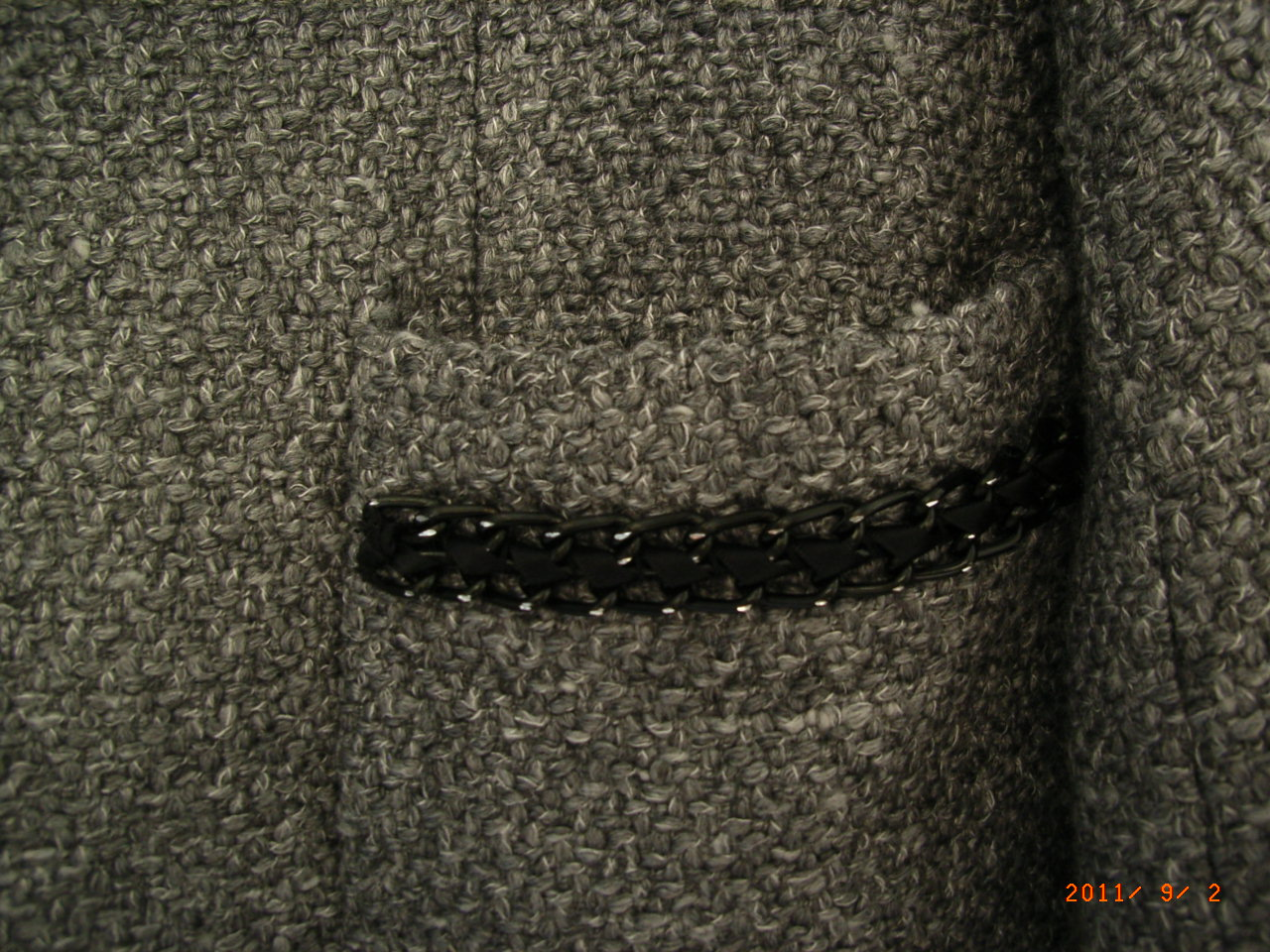mode en ligne vide dressing Flora : SANDRO – Veste costume grise « Chanel » 35% laine - T40 - NEUVE