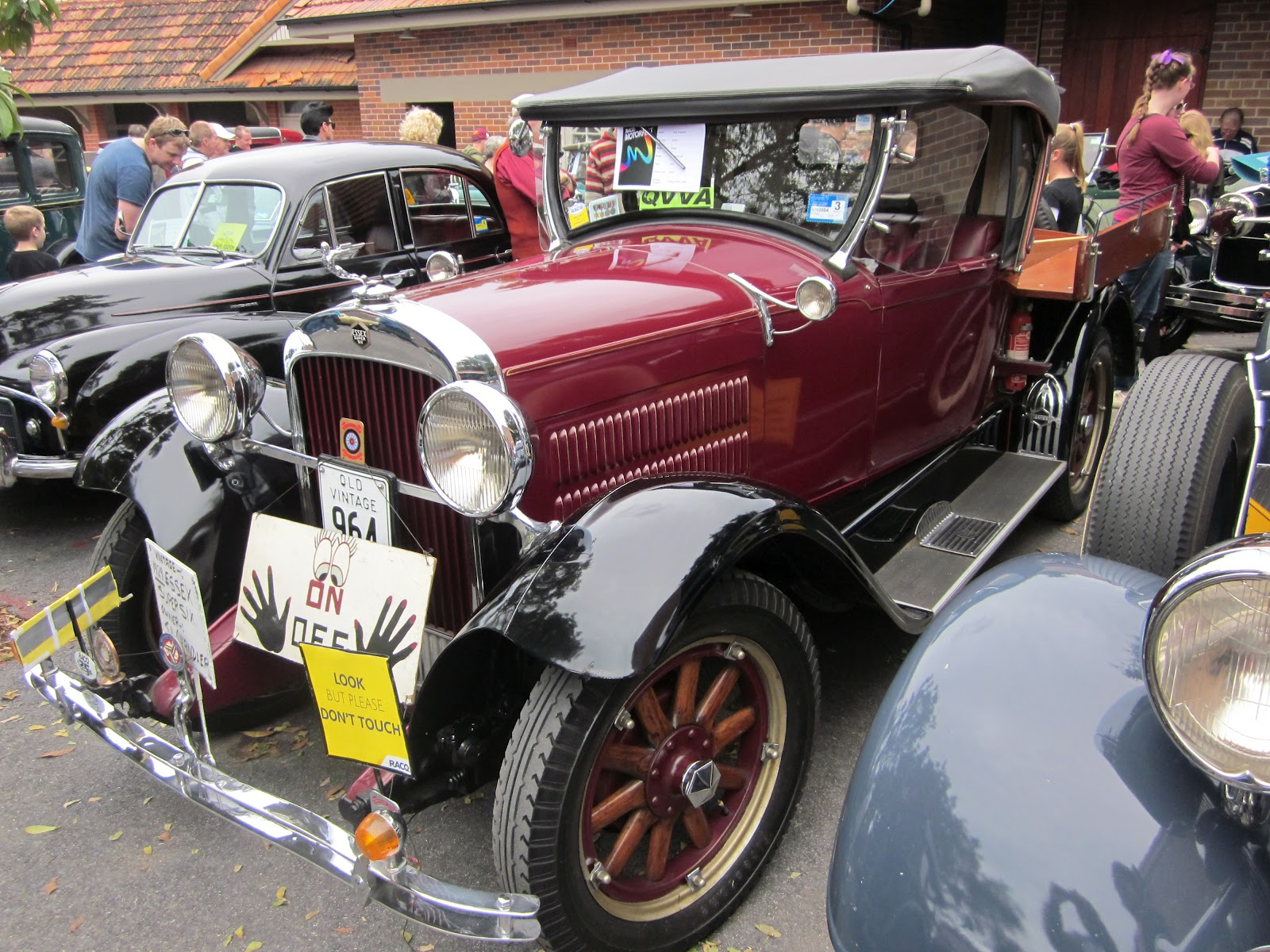 Johnnyfive Collectables: I Love Vintage Cars