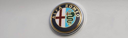 Alfa Romeo / machinespider.com (http://machinespider.com/wp-content/uploads/2011/02/2011-Alfa-Romeo-Giulietta.jpg)