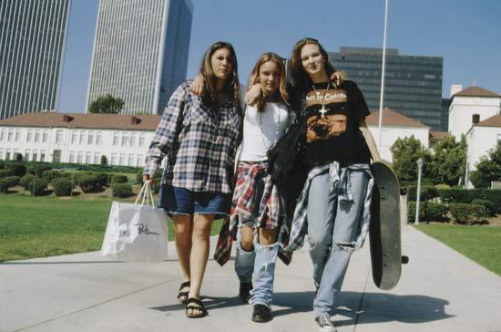 1990s grunge fashion