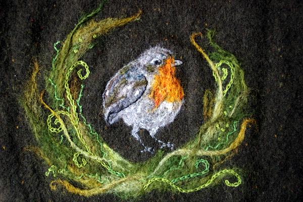 aliciasivert, alicia sivert, alicia sivertsson, robin redbreast, rödhake, rödhakesångare, tova, filta, tovning, filtning, torrtovning, nåltovning, nåltova, nålfilta, torrtova, torrfilta, ull, wool, needlefelting, felt, felting, needlefelt, bird, fågel, hantverk, handicraft, konst, skapa, makeri, alster, craft