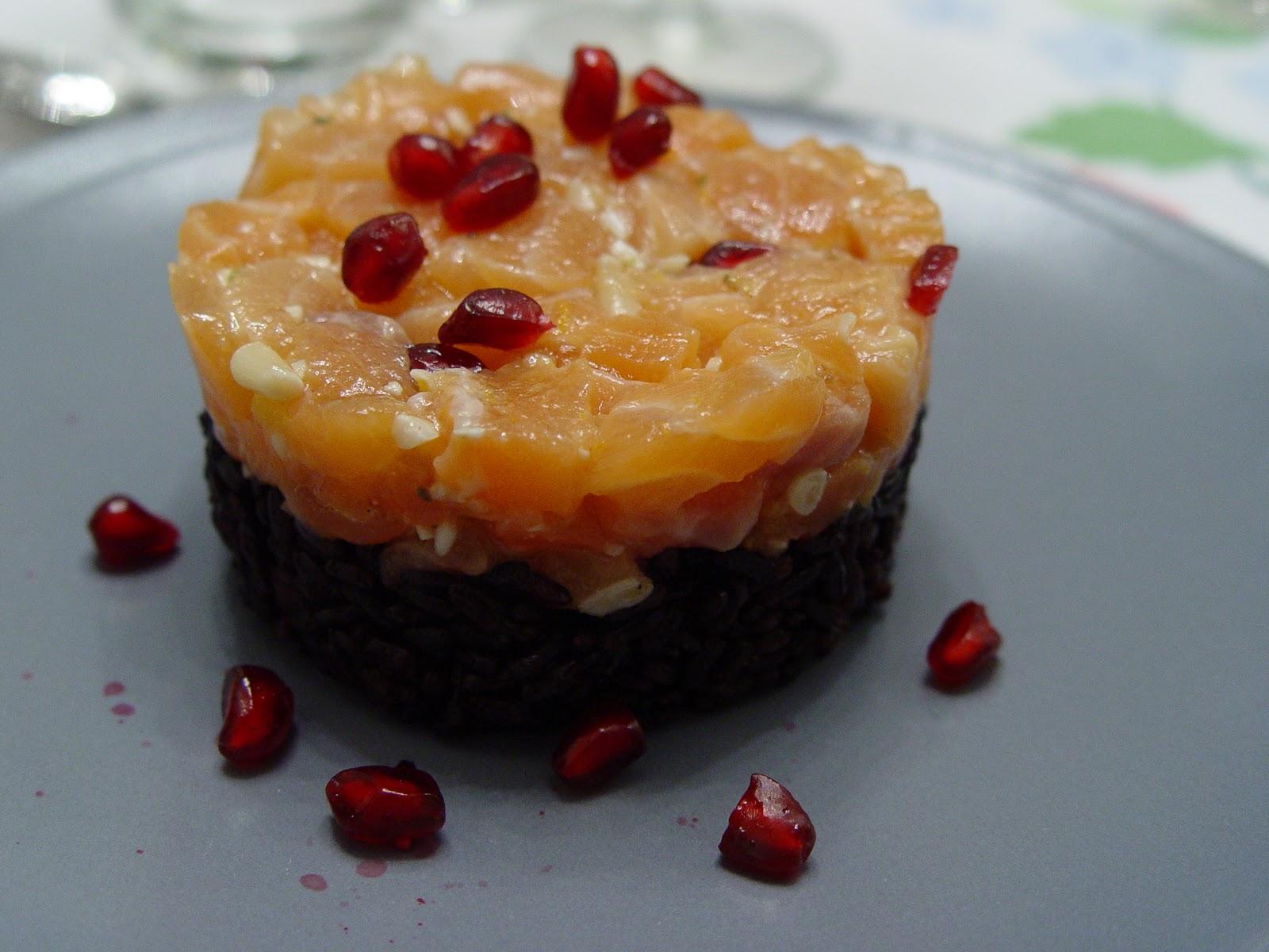 La fata in Cucina: Tartare di salmone con melograno su letto di riso ...