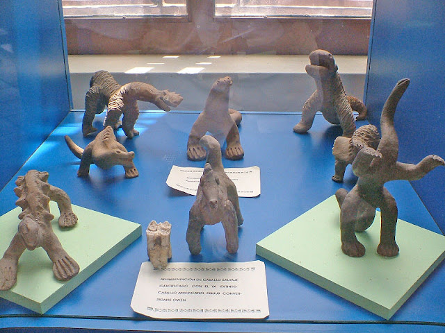 Acambaro_Figurines_1