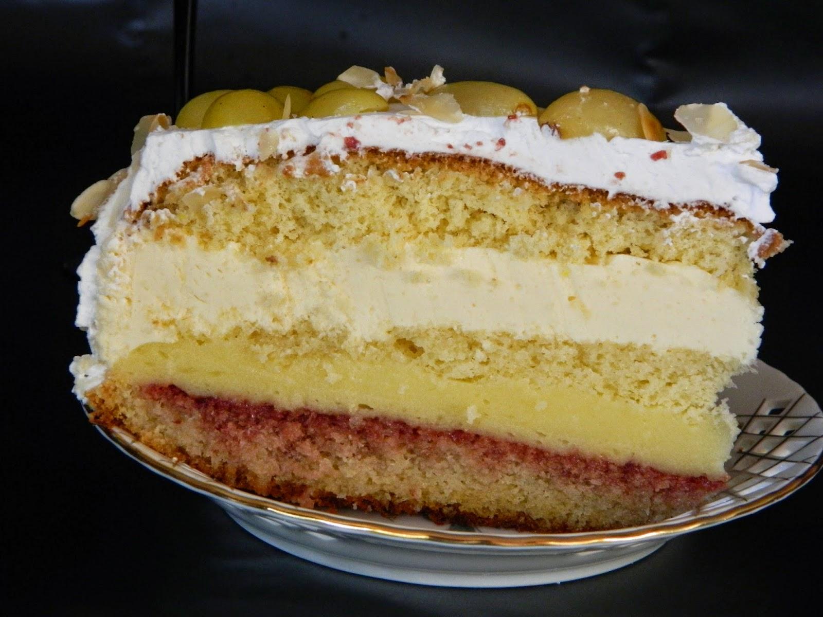 Tort cu vanilie si struguri