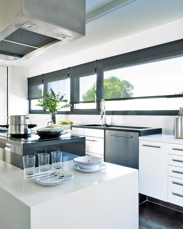 kitchen, porcelain tiles, island, stainless steel, silestone