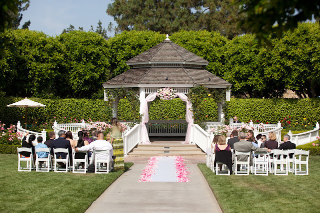 Disneyland wedding - Rose Court Garden - {Katie Keller Photography}